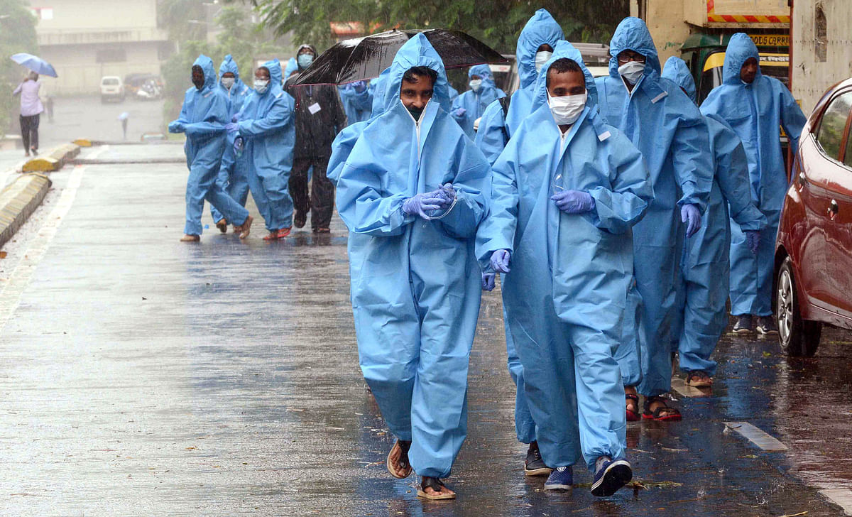 Maha govt urges Centre to restore supply of masks, ventilators, PPE kits