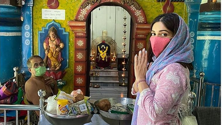 Bhumi Pednekar visits temples in her village in Goa