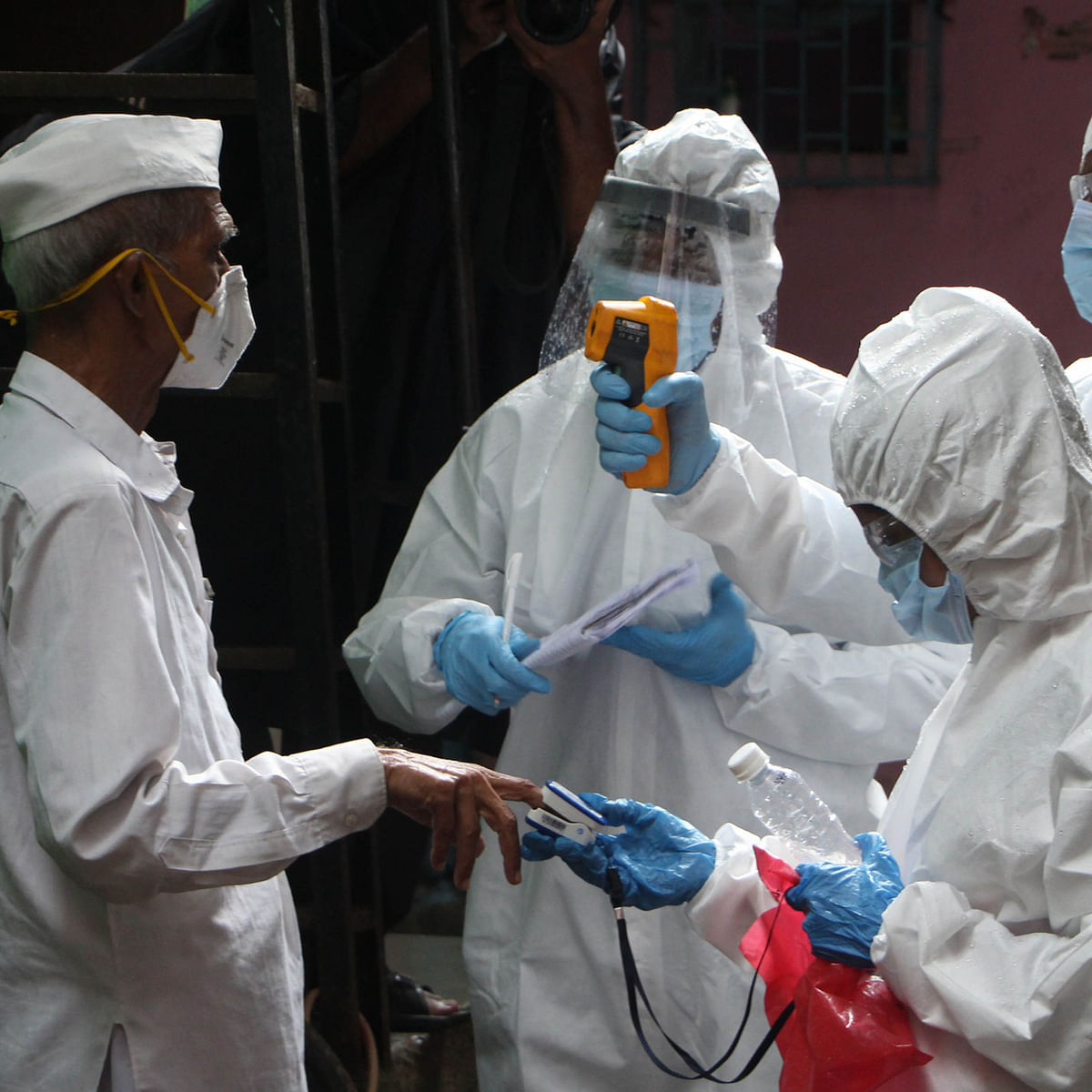 Coronavirus in Mumbai: As coronavirus cases sees a surge, city leaders want complete lockdown