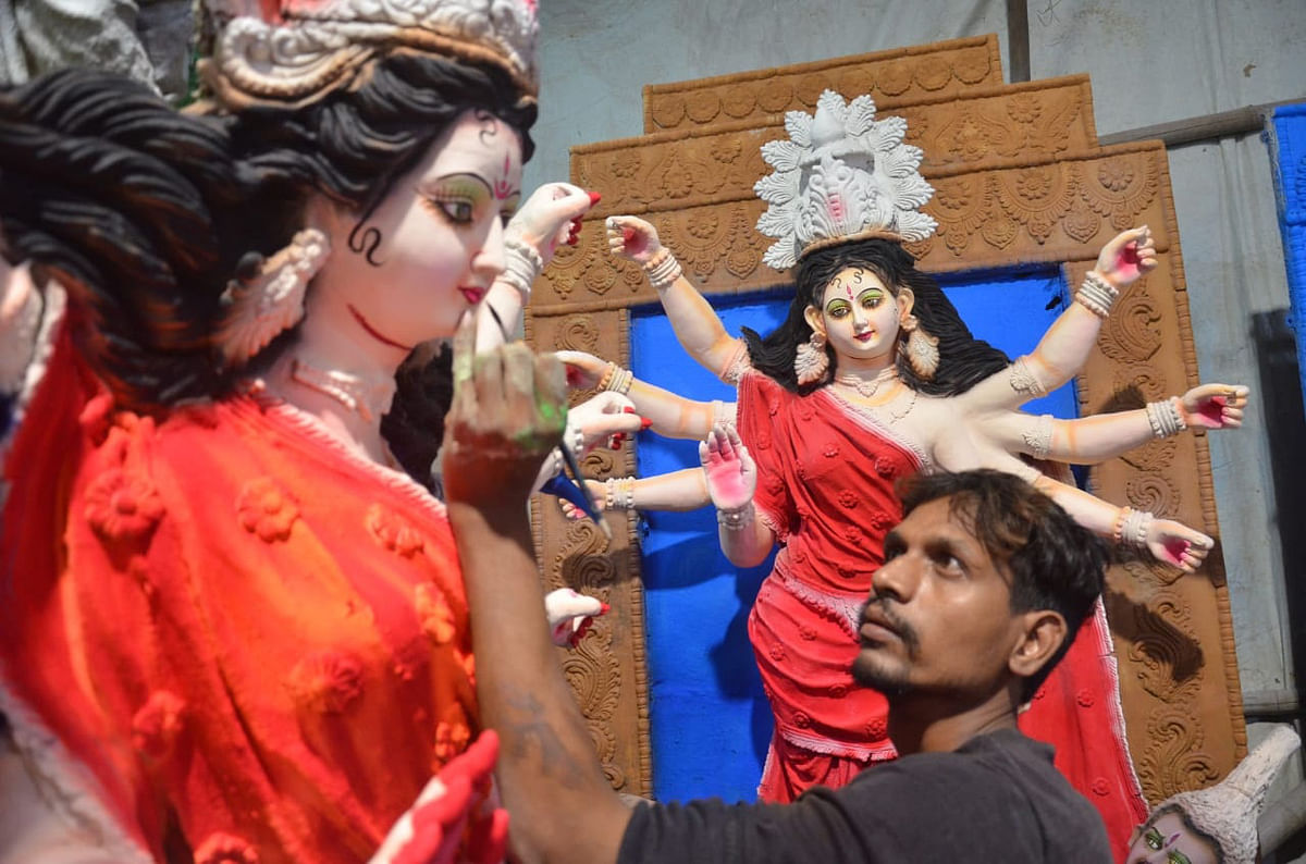 Bhopal: Committees appeal CM to amend Durga Puja guidelines, request not to fix idol and pandal size