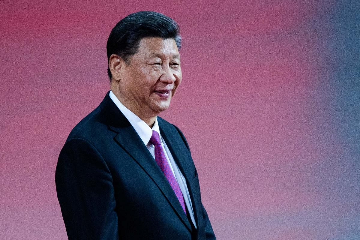 Xi  Jinping defends Communist Party