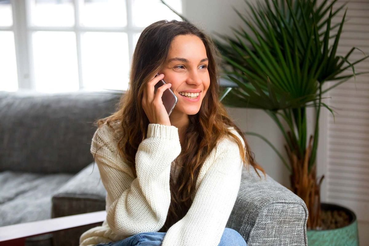 Phone calls create stronger bonds than just text messages
