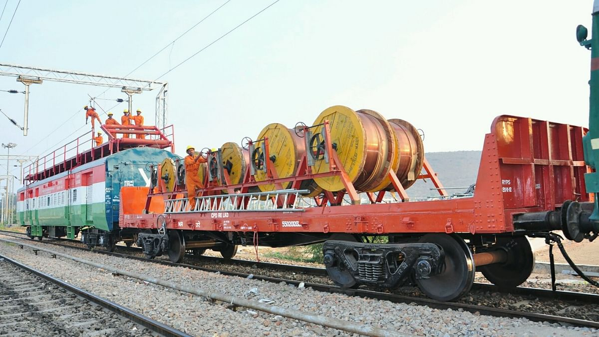 Central Organisation for Railway Electrification creates record on Engineer's Day