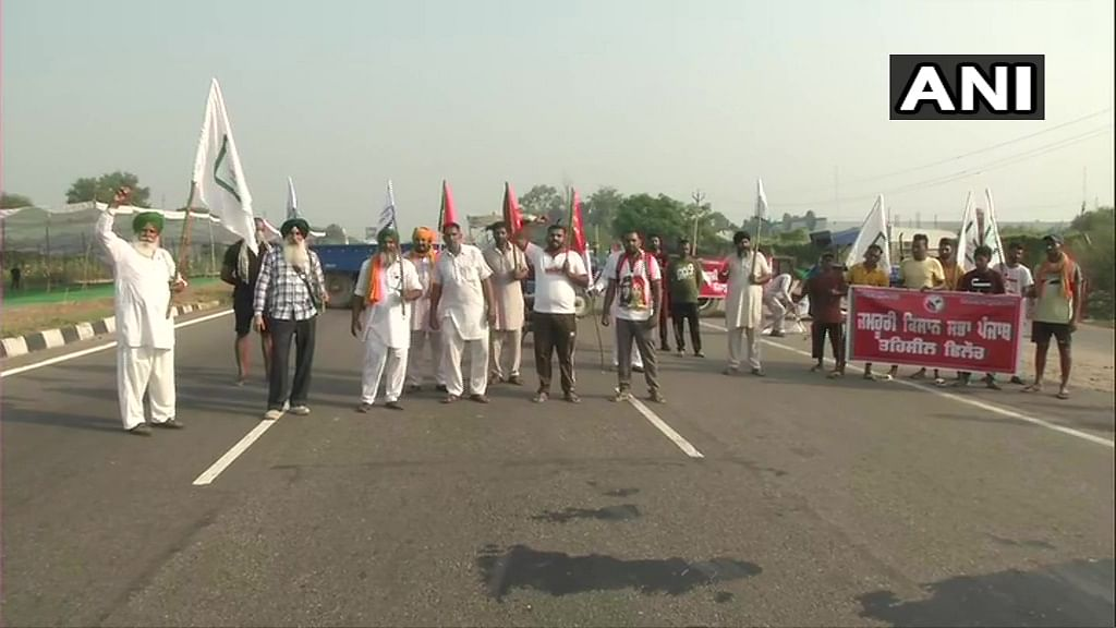 Bharat Bandh Latest Updates: Farmers block highways in protest; police personnel deployed