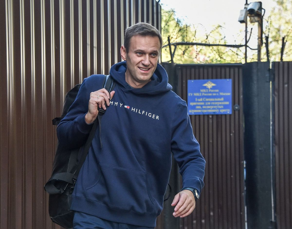 Navalny poisoned at hotel, not flight