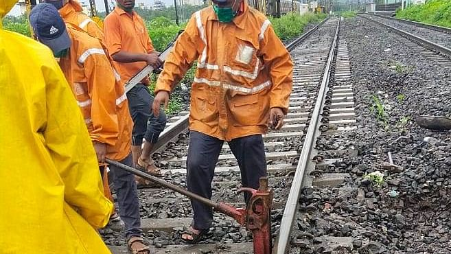 CR carries out maintenance works during Aug 30 mega block
