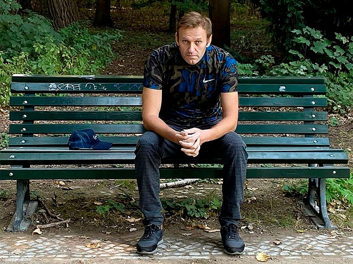 Navalny thanks Merkel for her hospital visit