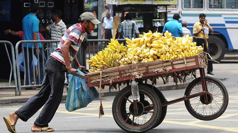 Bhopal: Silver lining for street vendors, many await for loan under Svanidhi Scheme