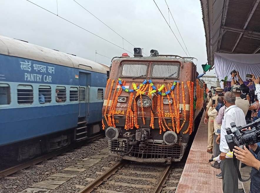 CR's Devlali-Muzaffarpur bi-weekly Kisan Rail to run tri-weekly