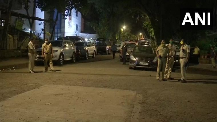 Mumbai: MLA hostel evacuated over bomb threat call