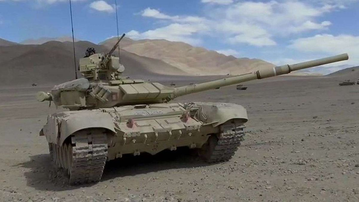 Indian Army tanks up for China even amid Siberian winter