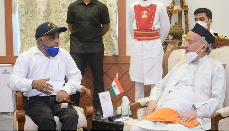 Ex-navy officer Madan Sharma meets Maharashtra Governor, demands Presidential Rule in State