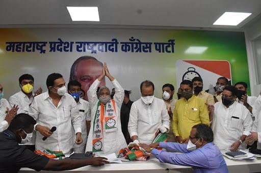 Maharashtra: Former independent MLA Sitaram Ghandat joins NCP