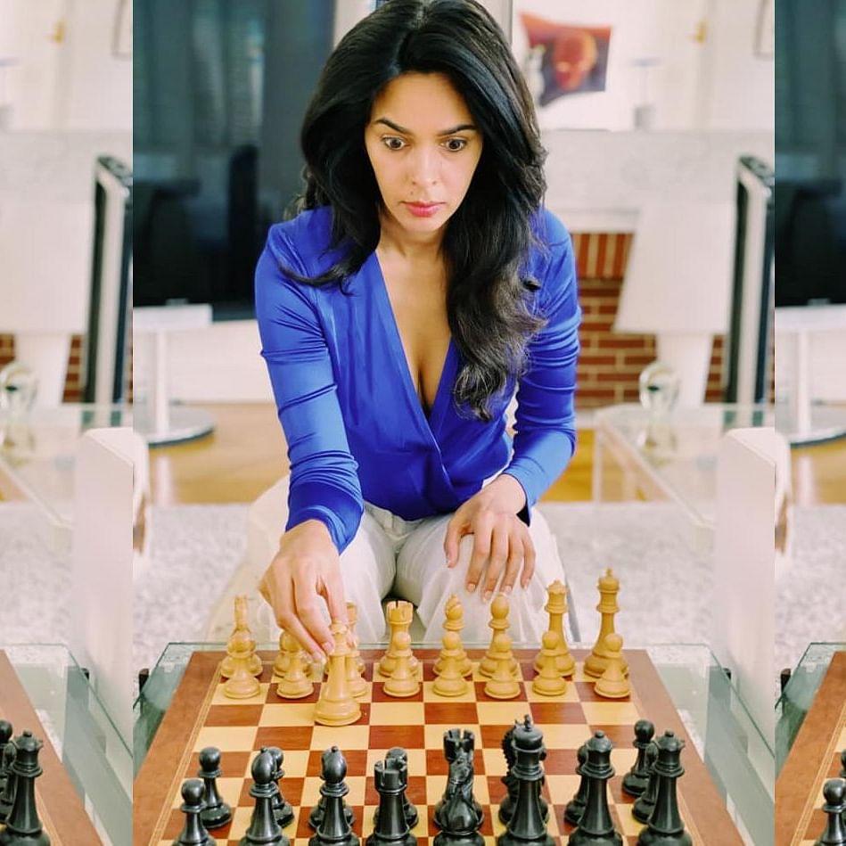 Nonsensical Nemo: Why Mallika Sherawat deserves 'full Marx' for her 'wrongly-set' chessboard