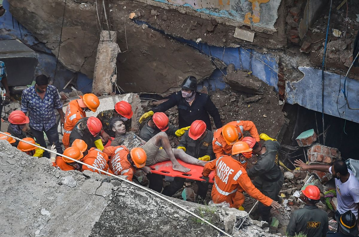 Maharashtra: 13 dead in Bhiwandi building collapse; 20 rescued
