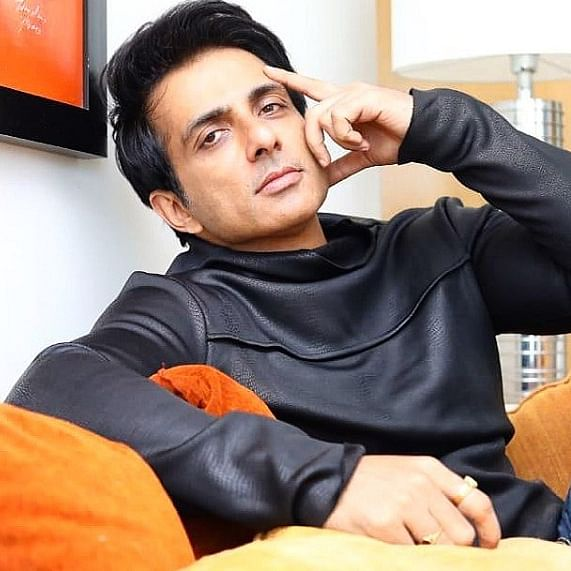 Sonu Sood not interested in entering politics at the moment