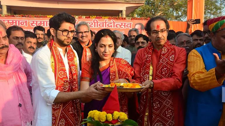 Uddhav Thackeray 'banned' from Ayodhya? Saints and VHP to oppose any visit after Kangana debacle