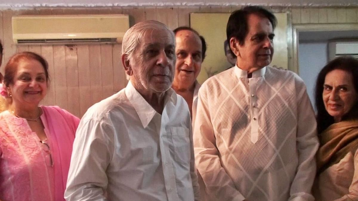 Veteran actor Dilip Kumar's younger brother Ehsan Khan, 90, dies due to COVID-19