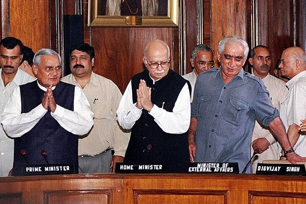 Jaswant Singh passes away: The deep friendship between Vajpayee and the former union minister