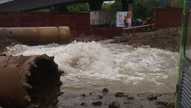 Watch: Water pipeline damaged in Thane's Majiwada area due to ongoing Metro work