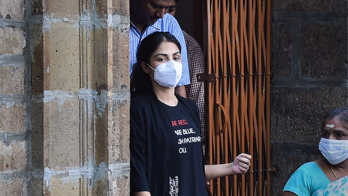 Fear for my life in jail, says Rhea Chakraborty; Files for bail in sessions court