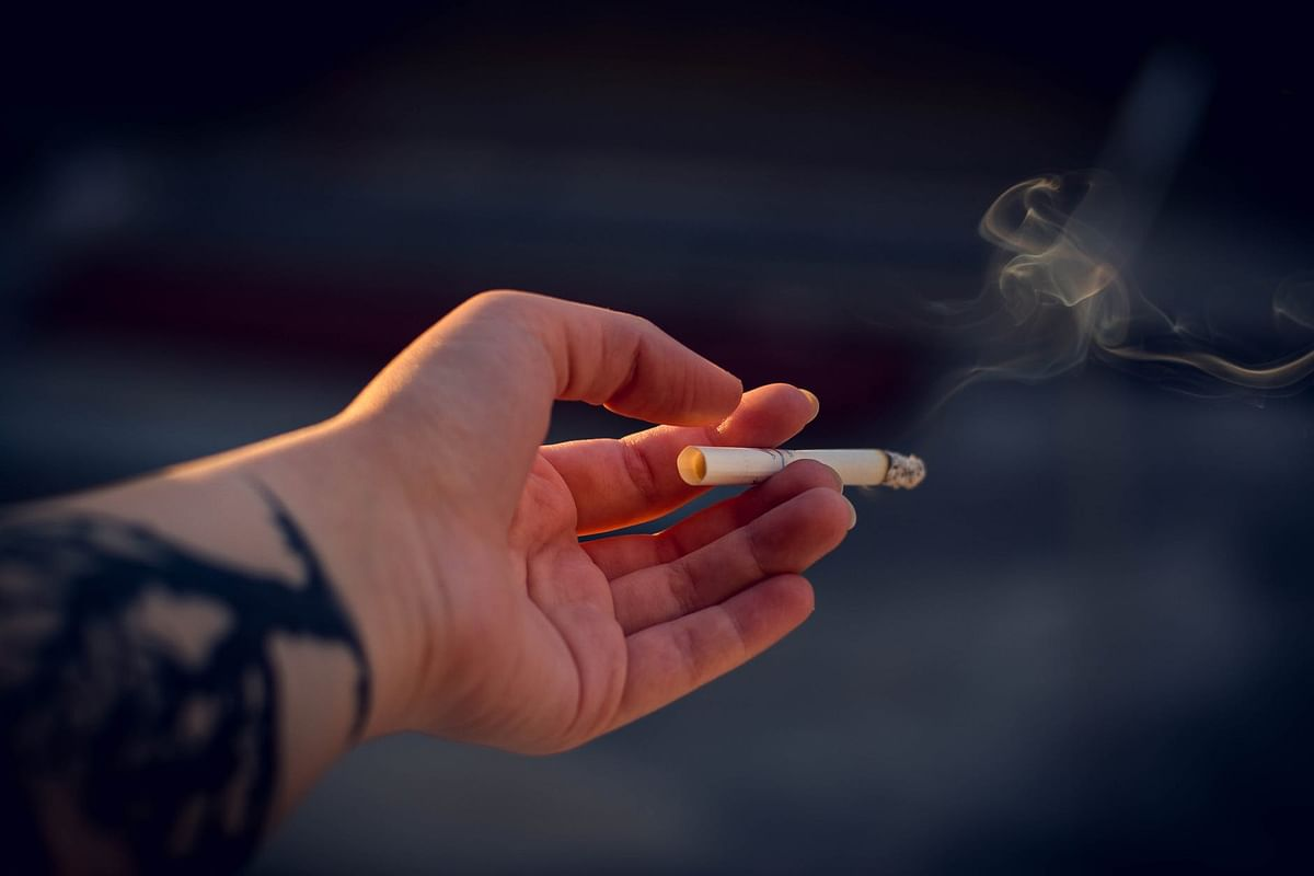 Coronavirus in Maharashtra: Sale of loose cigarettes, bidis banned in state