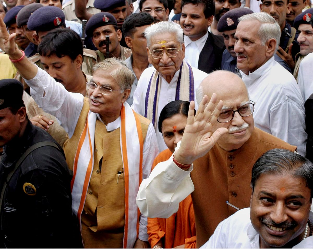 'Mosque fell on its own': Twitter reacts to Babri Masjid verdict acquitting Advani, Uma Bharti and others