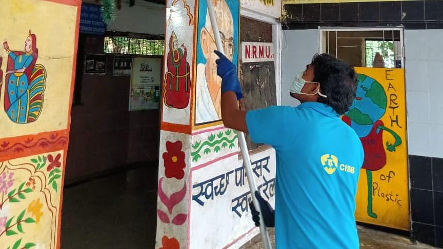 Central Railway observes 'Swachha Parisar'- Swachha Pakhwada