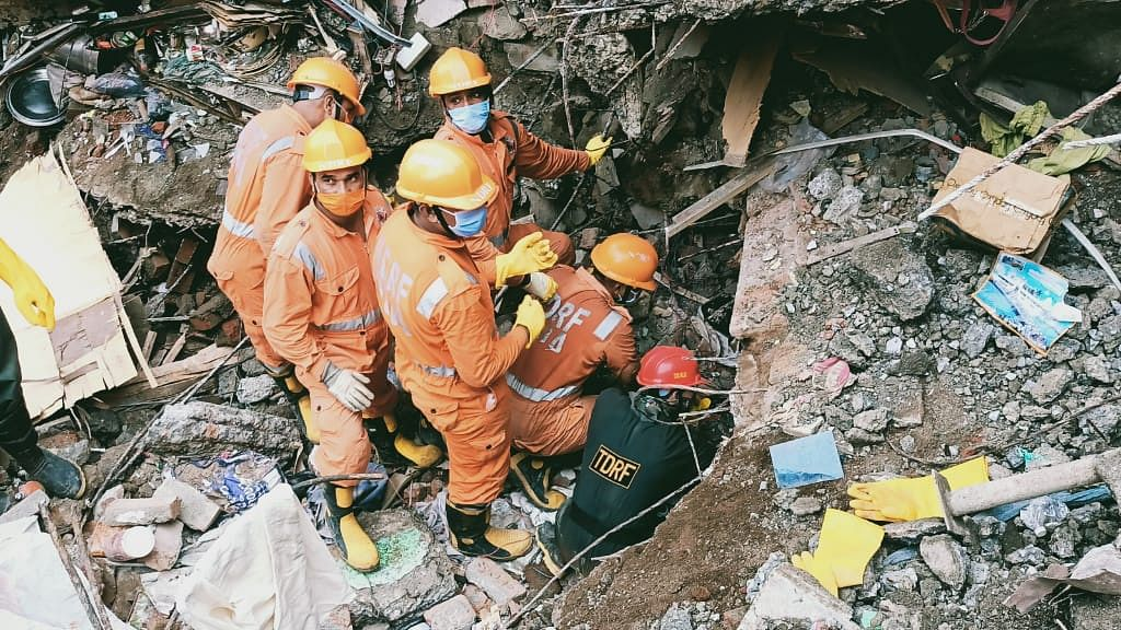 Bhiwandi Building Collapse: Two other buildings in Bhiwandi vacated