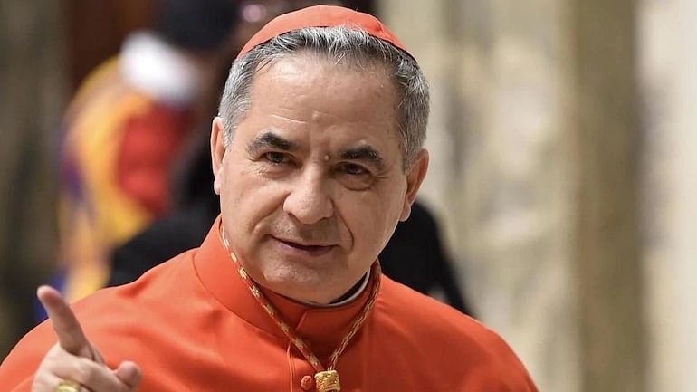 Cardinal Becciu, one of the most powerful in the Vatican, resigns