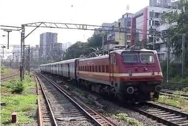 CR Mumbai Division dispatches 11,400 tonnes of essential commodities by special parcel trains