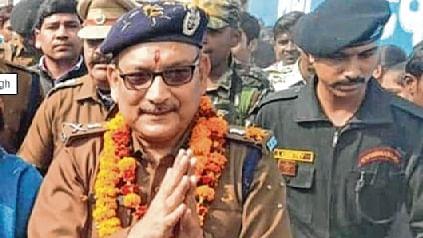 Khaki to khadi: Bihar DGP's new avatar