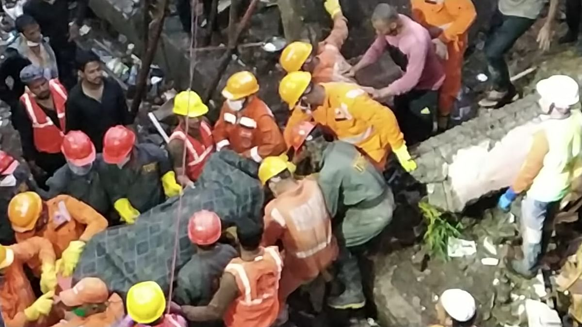 Latur: Village mourns death of 6 residents in Bhiwandi building crash