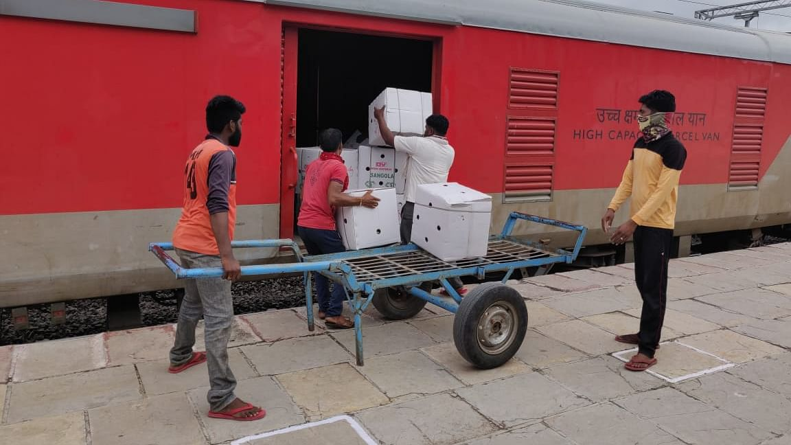 Central Railway dispatches 61,978 tonnes of parcel traffic during lockdown