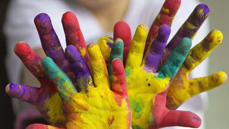 Study finds emotional reaction to colours are universal