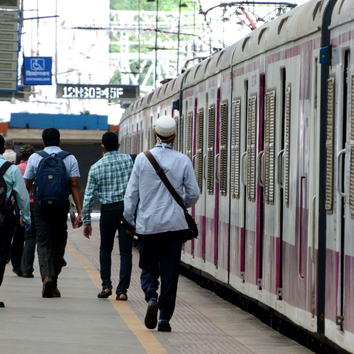 'Only 12.4 lakh passengers can travel': WR, CR on resuming local trains for general public