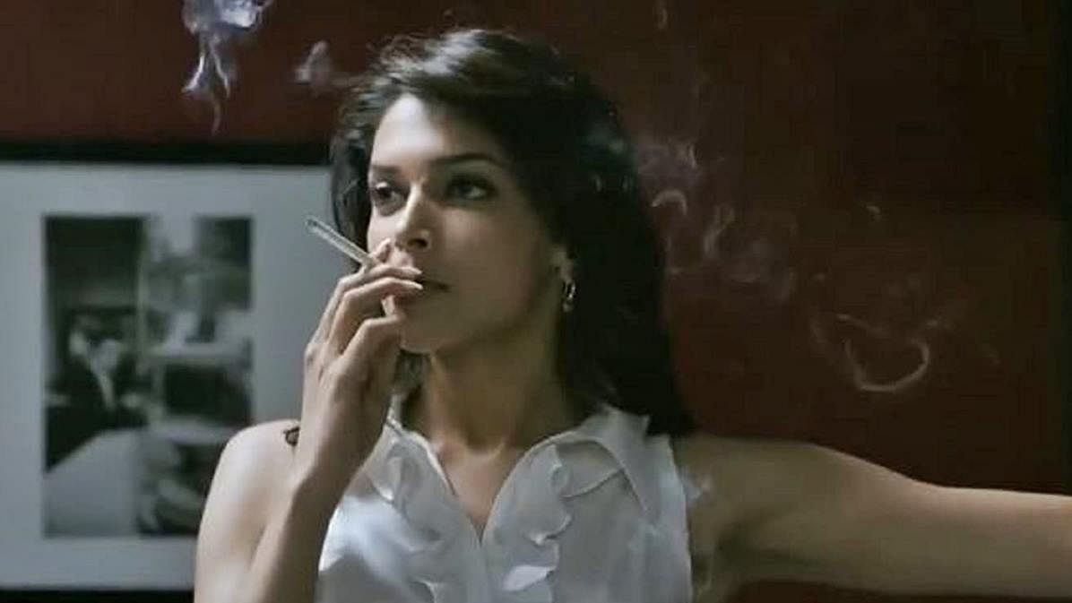 A still of Deepika Padukone from 'Karthik calling Karthik'