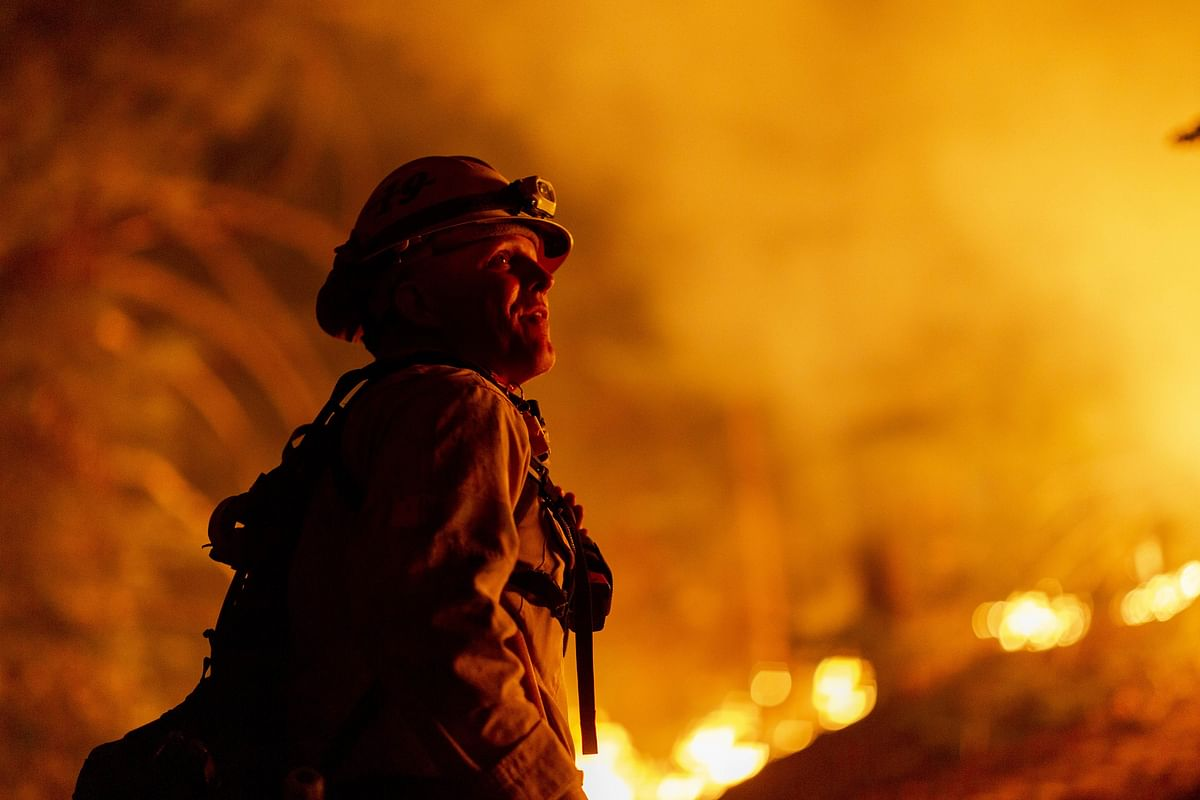 Power cut to thousands in California to prevent wildfires