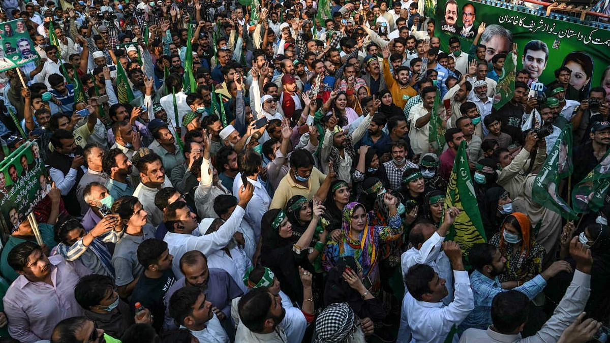 Pak govt invokes sedition law against opposition leaders amid calls for 'political revolution'