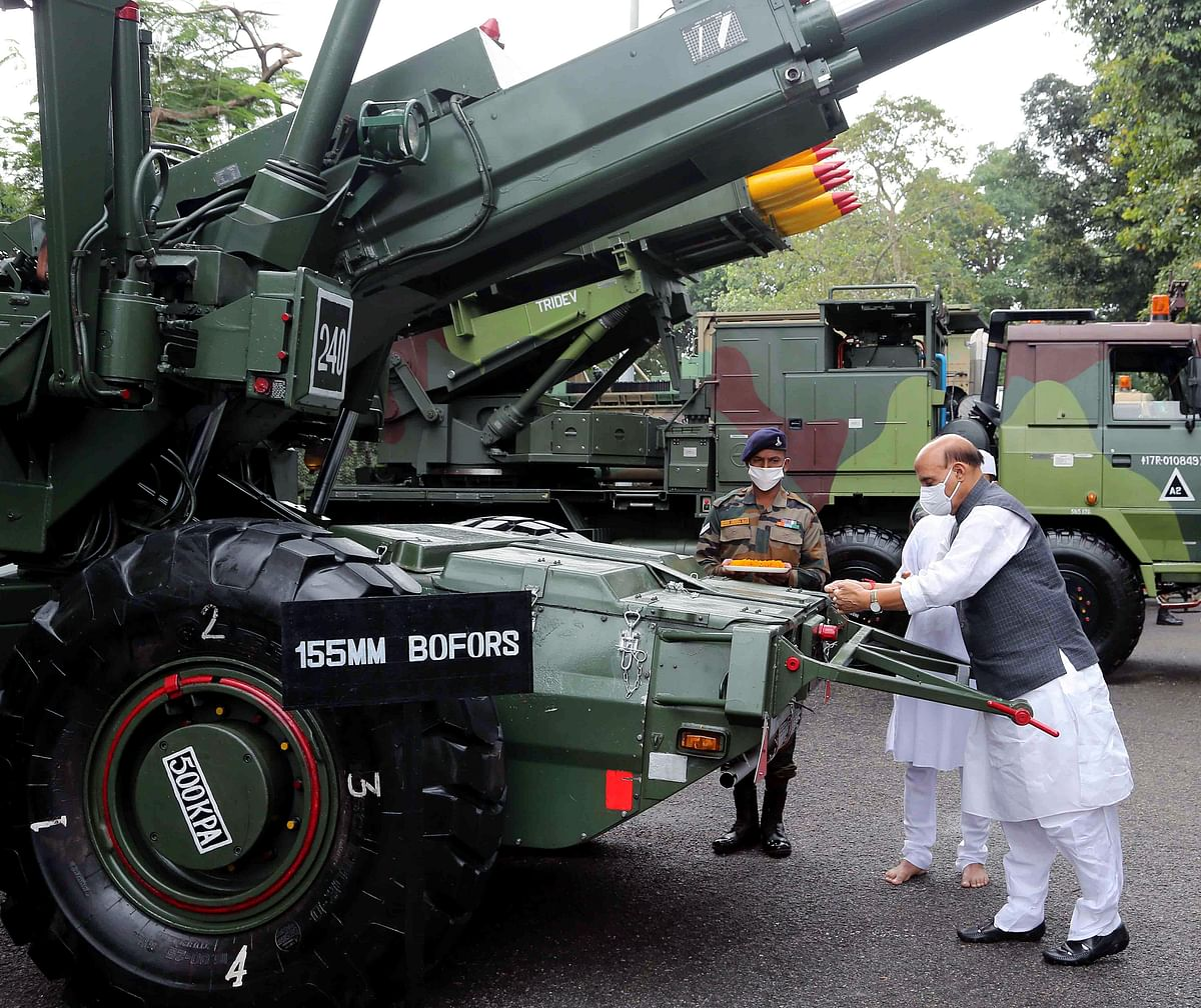 Defence Minister Rajnath Singh performs Shastra Puja at Sukna War Memorial in Darjeeling on Sunday.