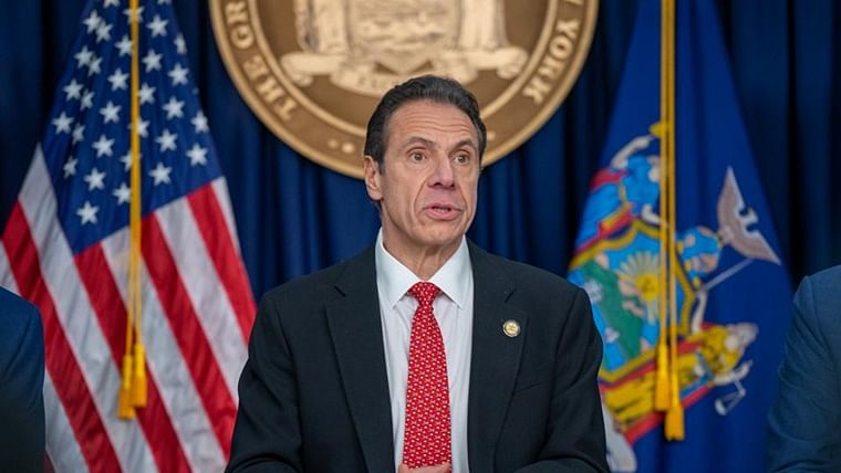 New York governor to reinstate restrictions amid weak observance of COVID-19 norms