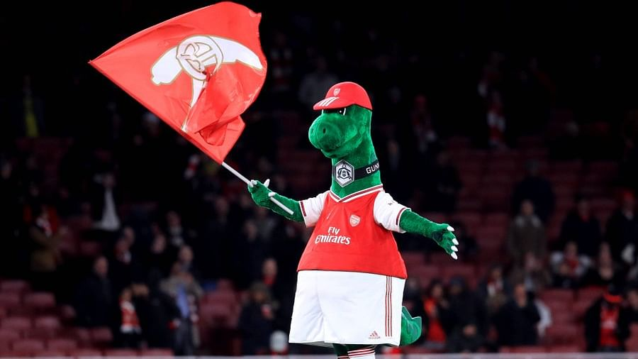 Mesut Ozil to help unwanted Arsenal mascot 'Gunnersaurus' by paying wages