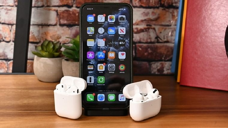 Apple offers free AirPods as Diwali gift with iPhone 11 in India