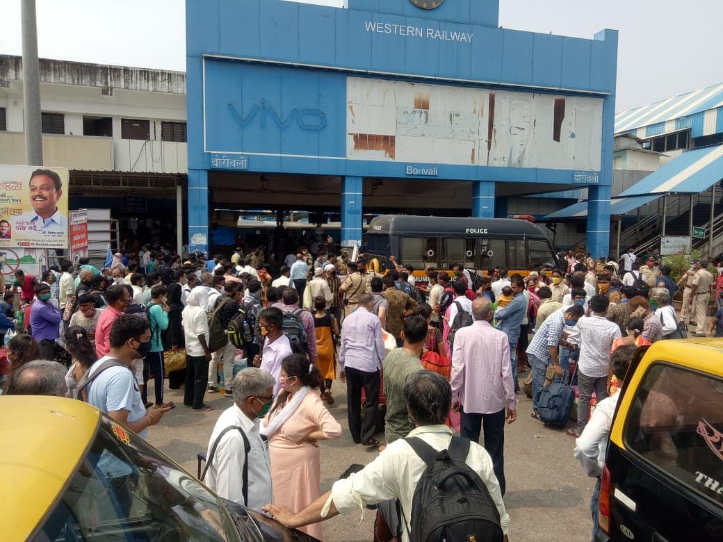 Crowd gathered at Borivali railway station.