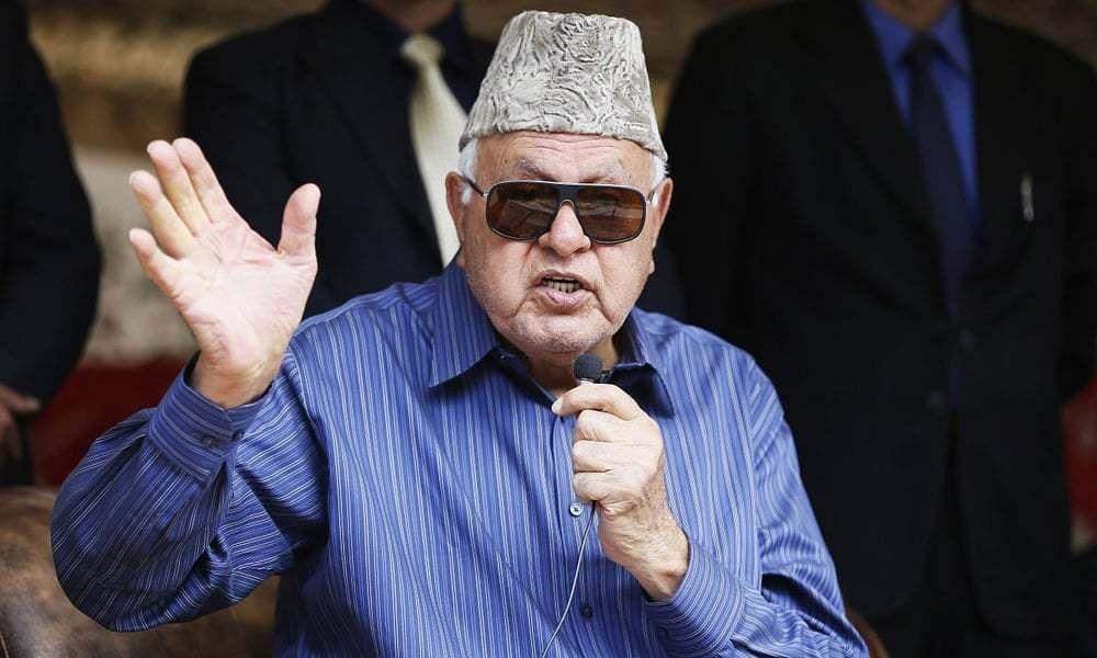 Farooq Abdullah prevented from visiting shrine