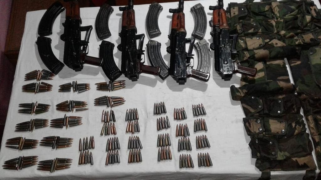 Indian Army thwarts Pak attempt to smuggle weapons into Kashmir, recovers arms