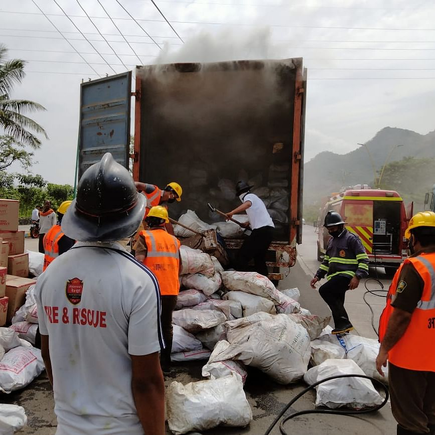 Thane: Fire breaks out in a container carrying plastic materials in Mumbra