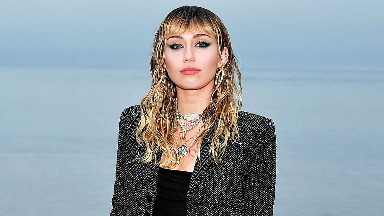 Miley Cyrus performs live at Save Our Stages fest