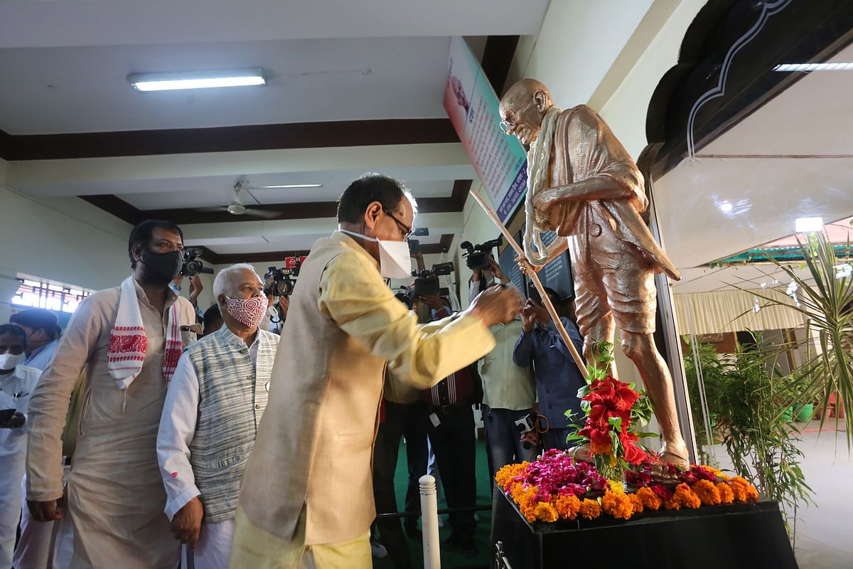 Madhya Pradesh Chief Minister Shivraj Singh Chouhan pays tributes to Mahatma Gandhi on his birth anniversary in Bhopal.