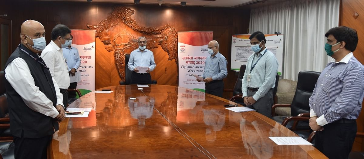 Hindustan Petroleum Corporation Limited starts Vigilance Awareness Week by administering integrity pledge
